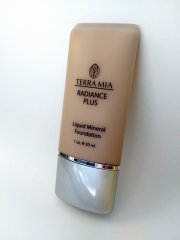 Radiance Plus - Mineral Liquid Foundation